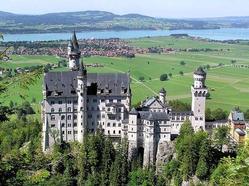 Schloss-neuschwanstein-deutschland
