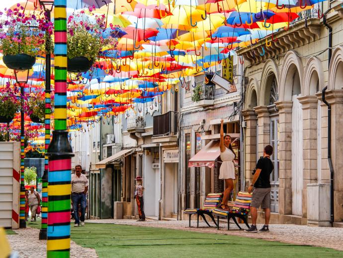 Agueda-portugal-umbrella-sky-project-woe7-690x518