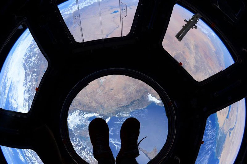 Standing-on-top-of-the-world-scott-kelly-iss-nasa