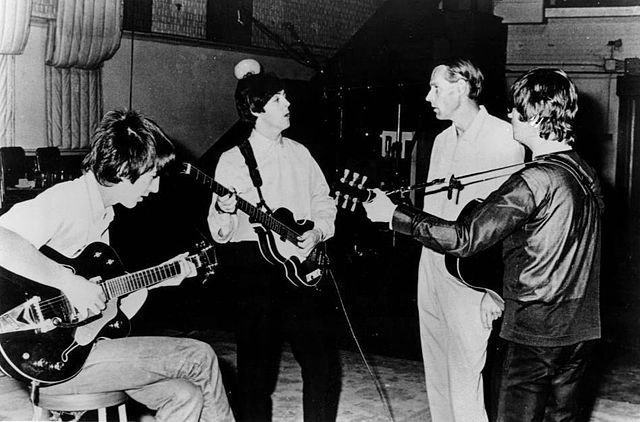 640px-Beatles_and_George_Martin_in_studio_1966